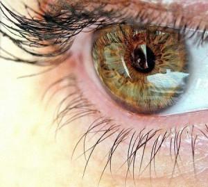 Почему болят глаза?