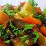 Овощи, тушенные с мятой